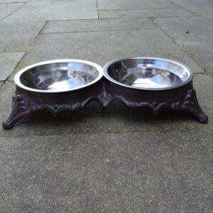 Voerbak hond of kat van gietijzer met dubbele bak-0